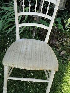 Tapisser Une Chaise : comment tapisser une chaise ancienne classique by le meuble du photographe with comment ~ Melissatoandfro.com Idées de Décoration
