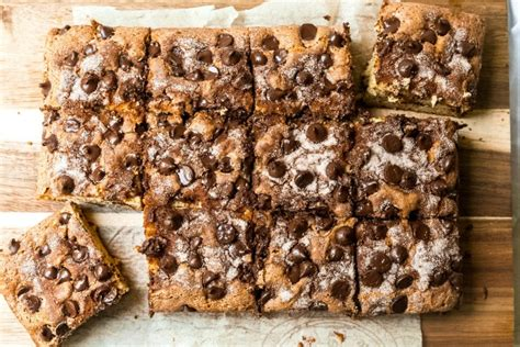 Add in the vanilla, then the eggs, one at a time, beating after each addition. Chocolate Chip-Sour Cream Coffee Cake - Never Not Hungry