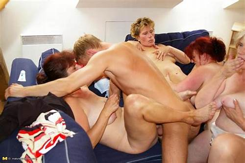 Orgy Harlot Sharing Tough Dick #One #Guy #Doing #Four #Matures #And #Cumshoting #Their #Faces