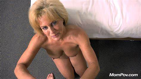 Blondes Old Woman Goes Sensual Part6 49 Year Old Beautiful True Curves Fbsm Cougar