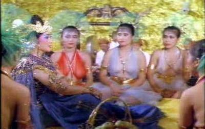 """Смотрите видео artis hongkòng ngetot в высоком качестве. Ber - In - Tips: Screen Shot """"Panas"""" Film Jadul Indonesia"""
