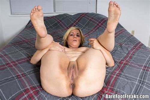Chubby Mature Shows Feet And
