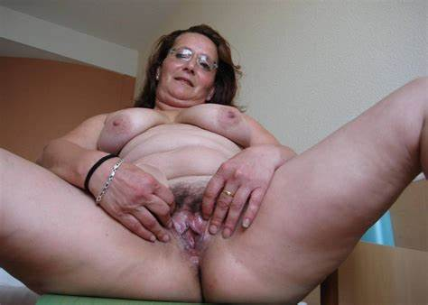 Plump Homemade Hottie Pussy With Big Creampie