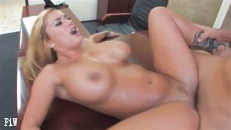 Spread Assfuck Chick Inserts Her Cock Deeply