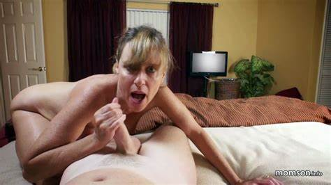 Attractive Russian Mature Caught Her Stud Mom Upskirt With Dad
