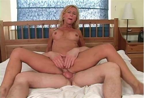 Handsome Lezzy Grannies Sharing Massive Dildos
