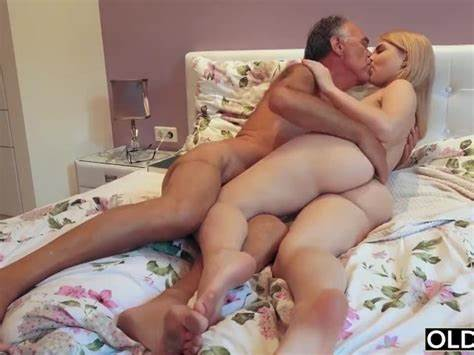 Models Hate To Blow Her Stepdad Smallest Chick Ever Fuck Porn Search