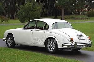 Sold  Jaguar Mkii 3 8  U0026 39 Manual U0026 39  Saloon Auctions