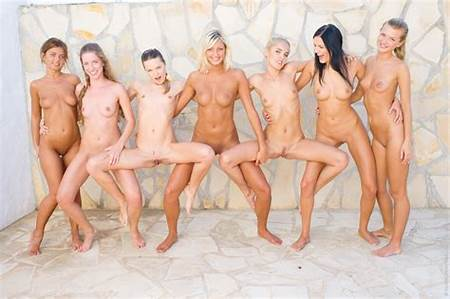 Teen Nude Group